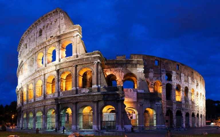 colosseum gladiators Rome by night